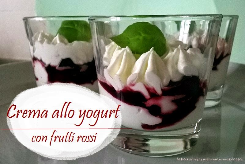 crema yogurt frutti rossi