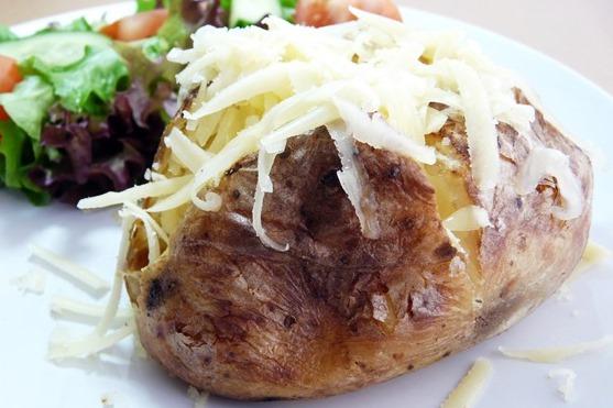 jacket potatoes formaggio