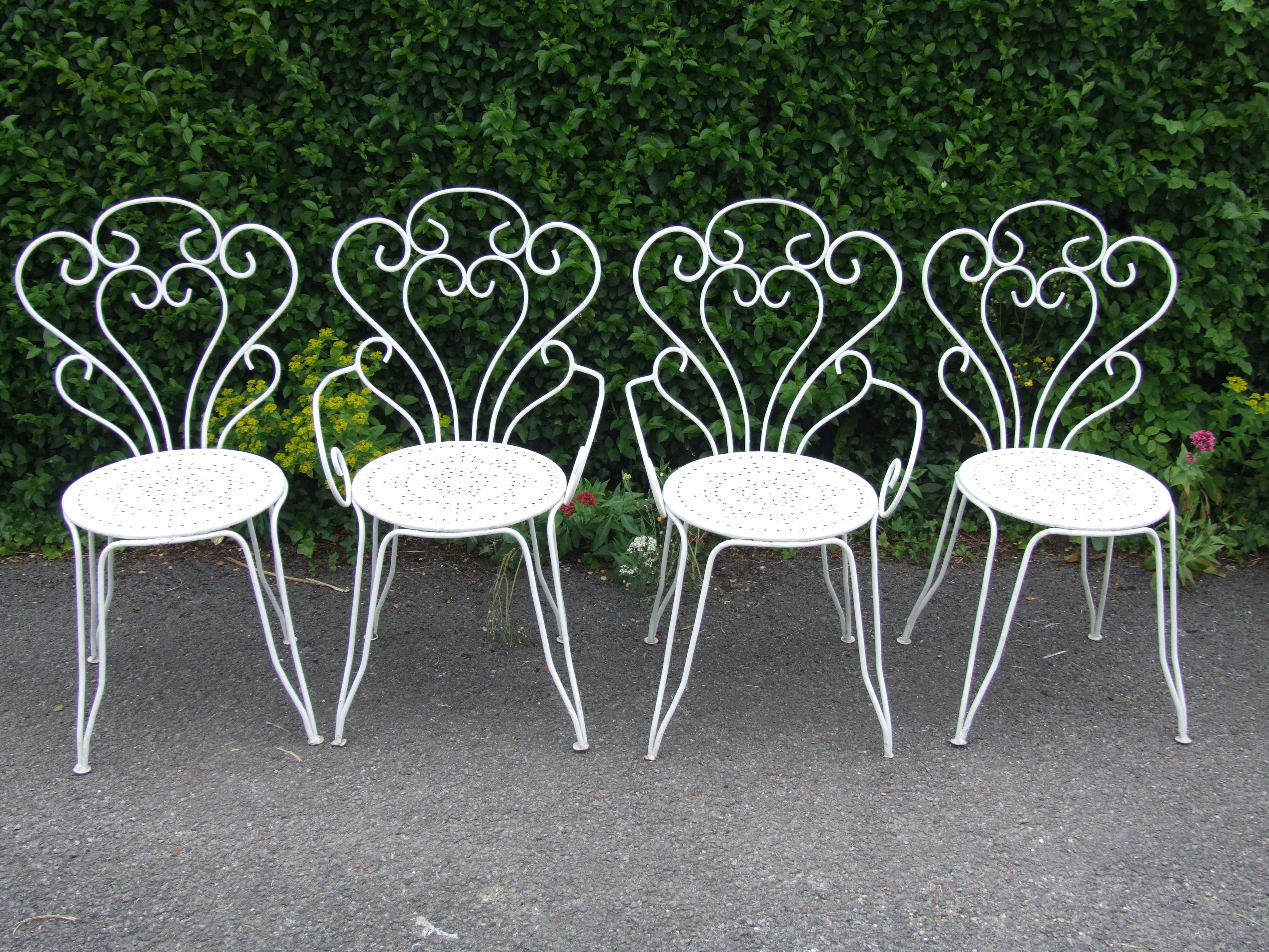 iron outdoor chairs swivel chair on finance wrought patio set design ideas
