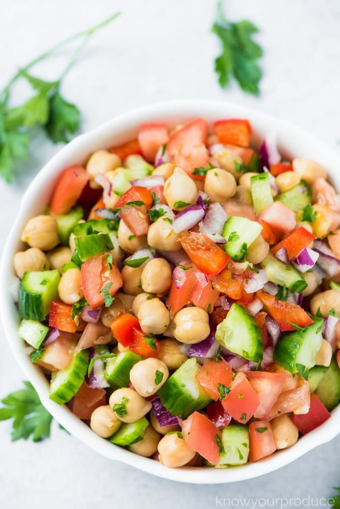 Chickpea salad recipe – Vegan and Oil Free | This Chickpea Salad is a light and refreshing summer salad recipe and you can easily add in more veggies too! It's vegan, oil-free, gluten-free, and plant-based. #cleaneating #chickpeasalad #healthyrecipes