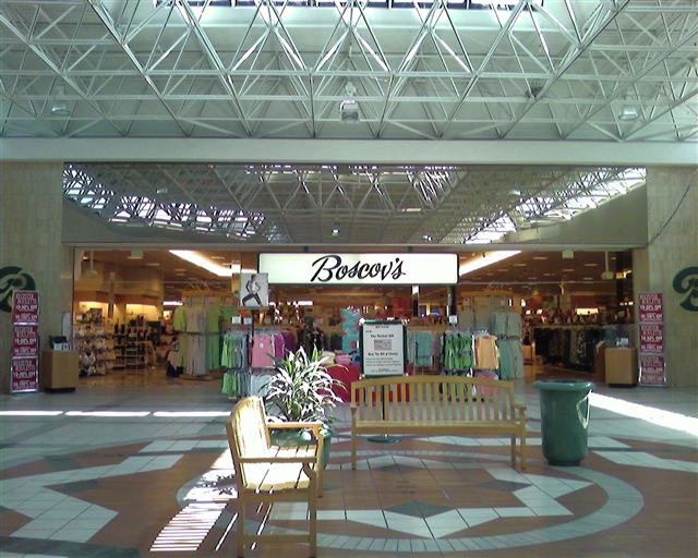 Labelscar The Retail History BlogFairgrounds Square Mall