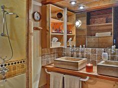 Aigles kamer- badkamer La Bergerie