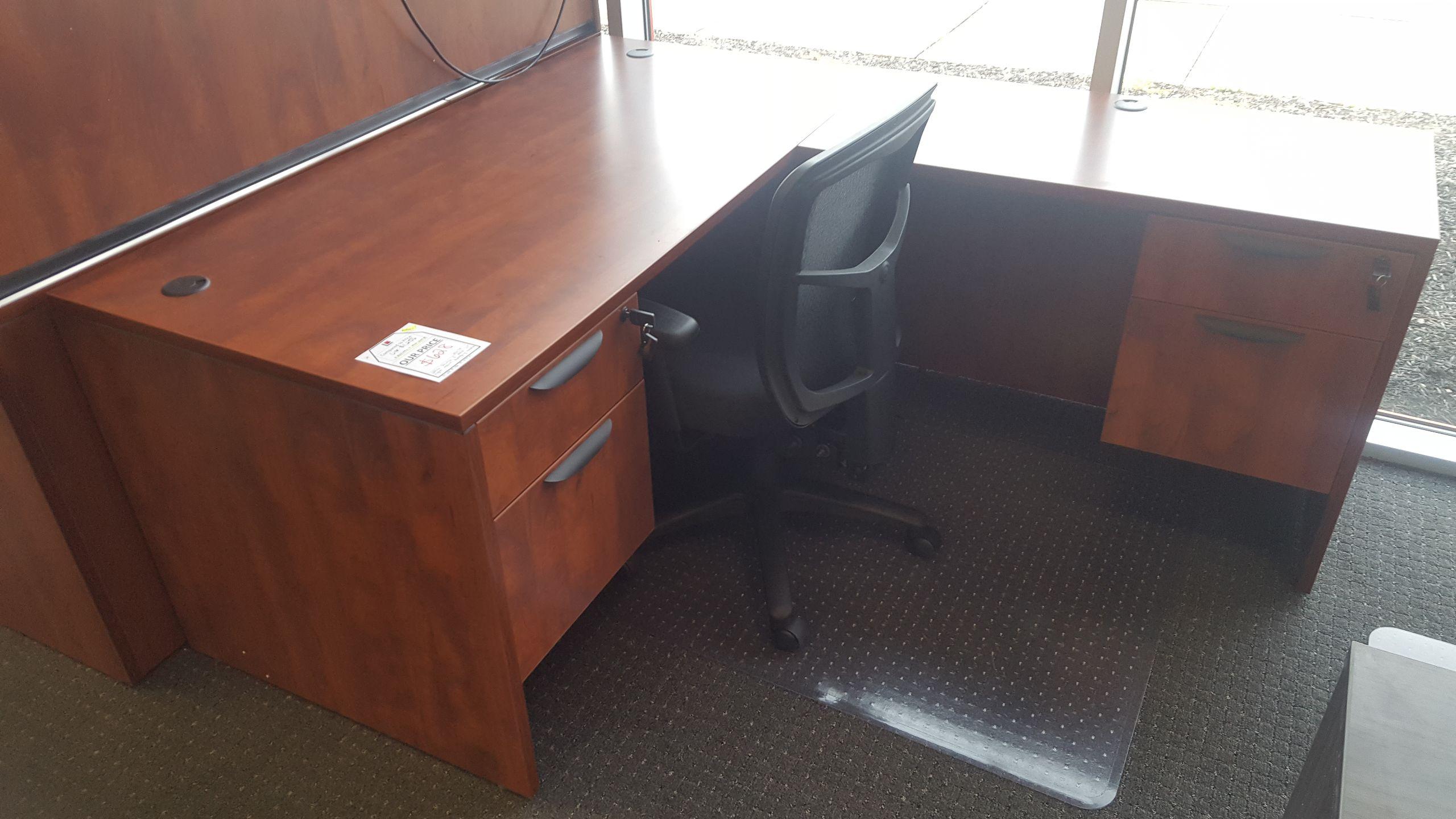 Office Source Right Return L Desk w Hanging BoxFiles