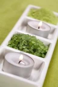 candela col sale verde contro la negatività