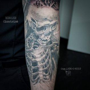 HEALED - Cicatrisé - VERHEILT
