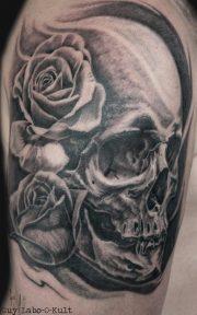 Skull 'n' Roses 2016