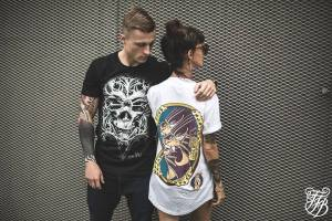 Pub de tfbclothing pour le t-shirt O Tempus Edax
