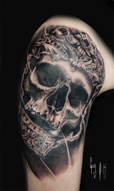 """""""Relic"""", tattoo done by Guy Labo-O-Kult"""