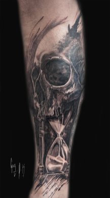 """""""time flies"""", tattoo done by Guy Labo-O-Kult"""
