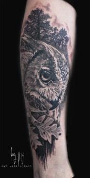 Tatouage Cicatrisé - Hibou et Chêne par Guy Labo-O-Kult