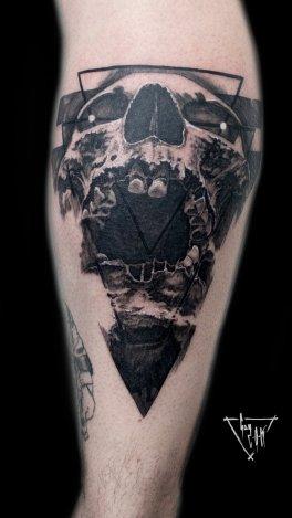 Triangulum Skull by Guy Labo-O-Kult