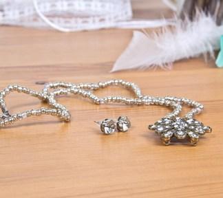 duo-bijoux-fleur-diamant-boucles-doreilles-et-collier-de-la-boite-ateliers-creatifs