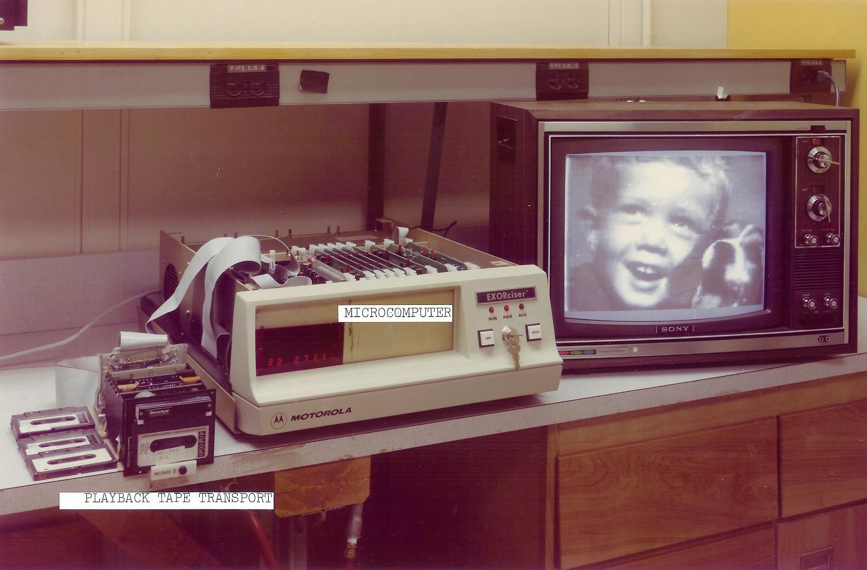 premier lecteur photo numerique kodak Le premier appareil photo numérique technologie photographie histoire featured