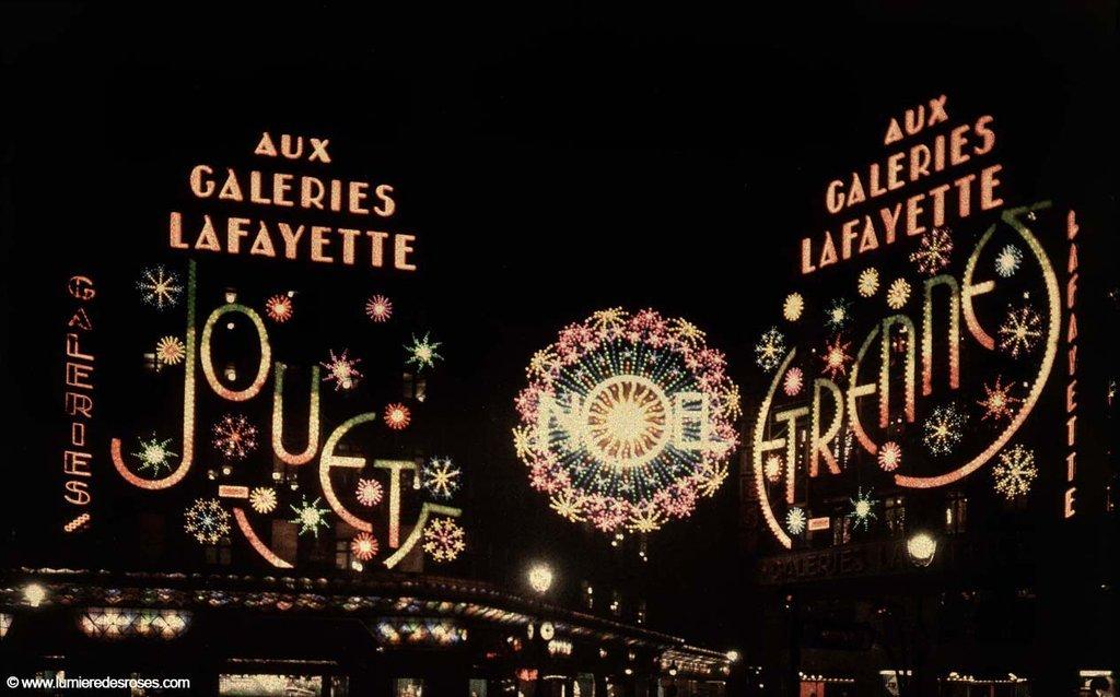 https://i0.wp.com/www.laboiteverte.fr/wp-content/uploads/2011/02/leon-gimpel-illumination-noel-paris-magasin-04.jpg