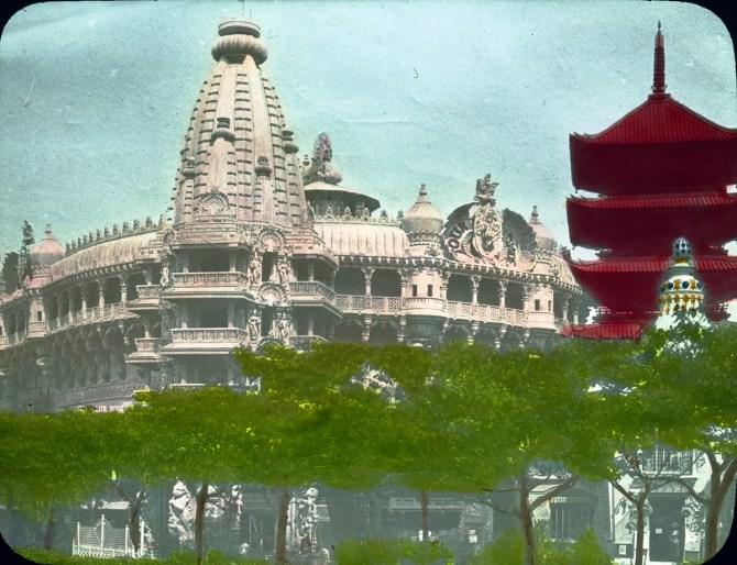 tour-du-monde-and-siamese-pavilion