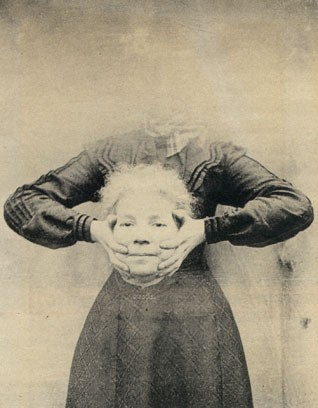 vieux portrait sans tete decapite 11 Des vieux portraits de gens décapités