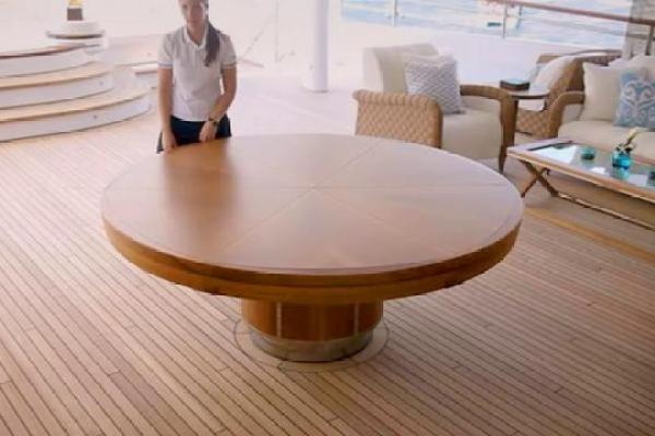 Loup Table