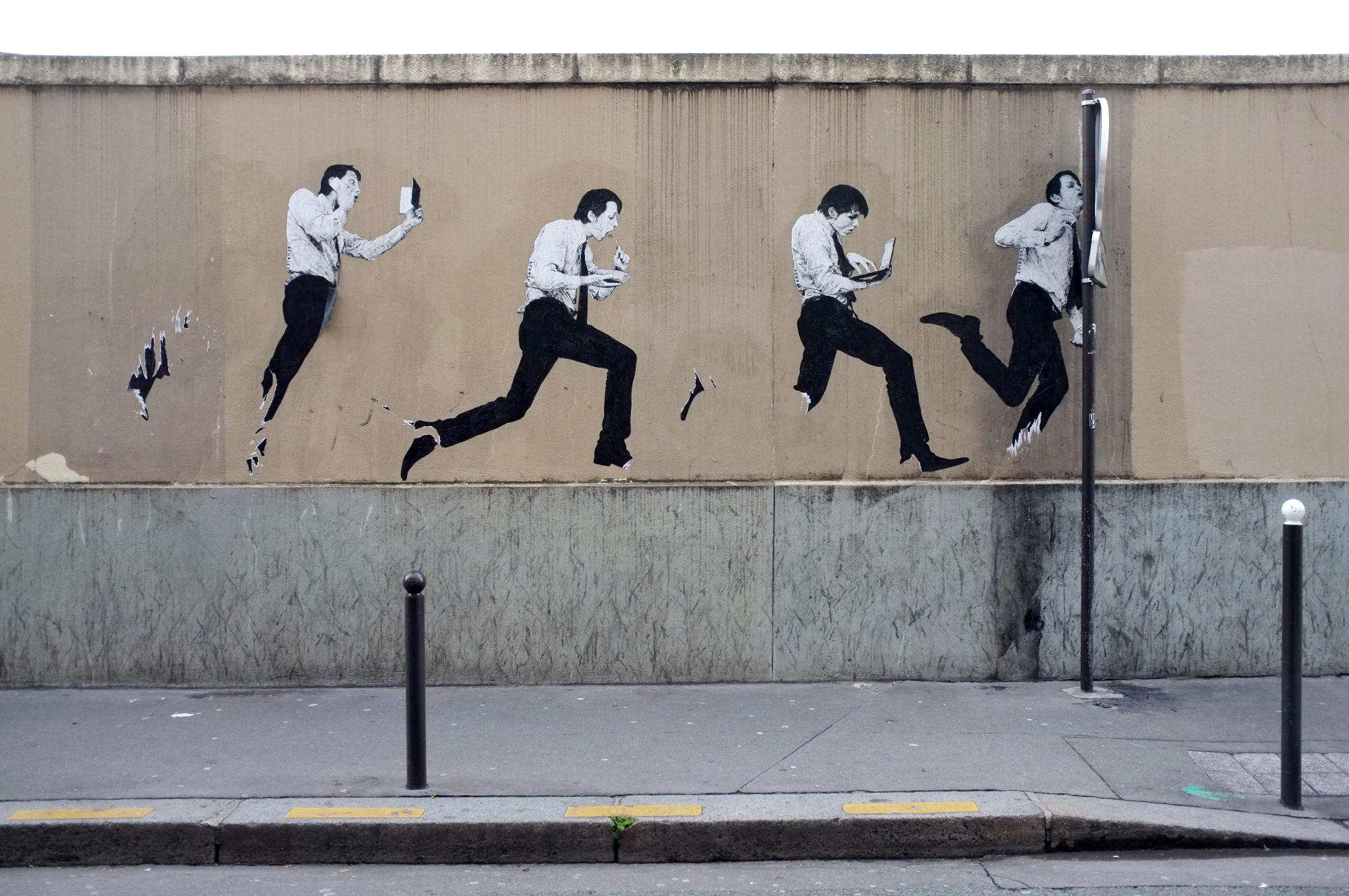 Levalet Street Art 13 La Boite Verte