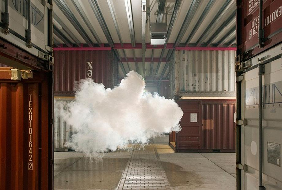 nuage-interieur-Berndnaut-Smilde-03