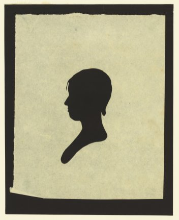 Silhouette-of-woman-facing-left-3-1761