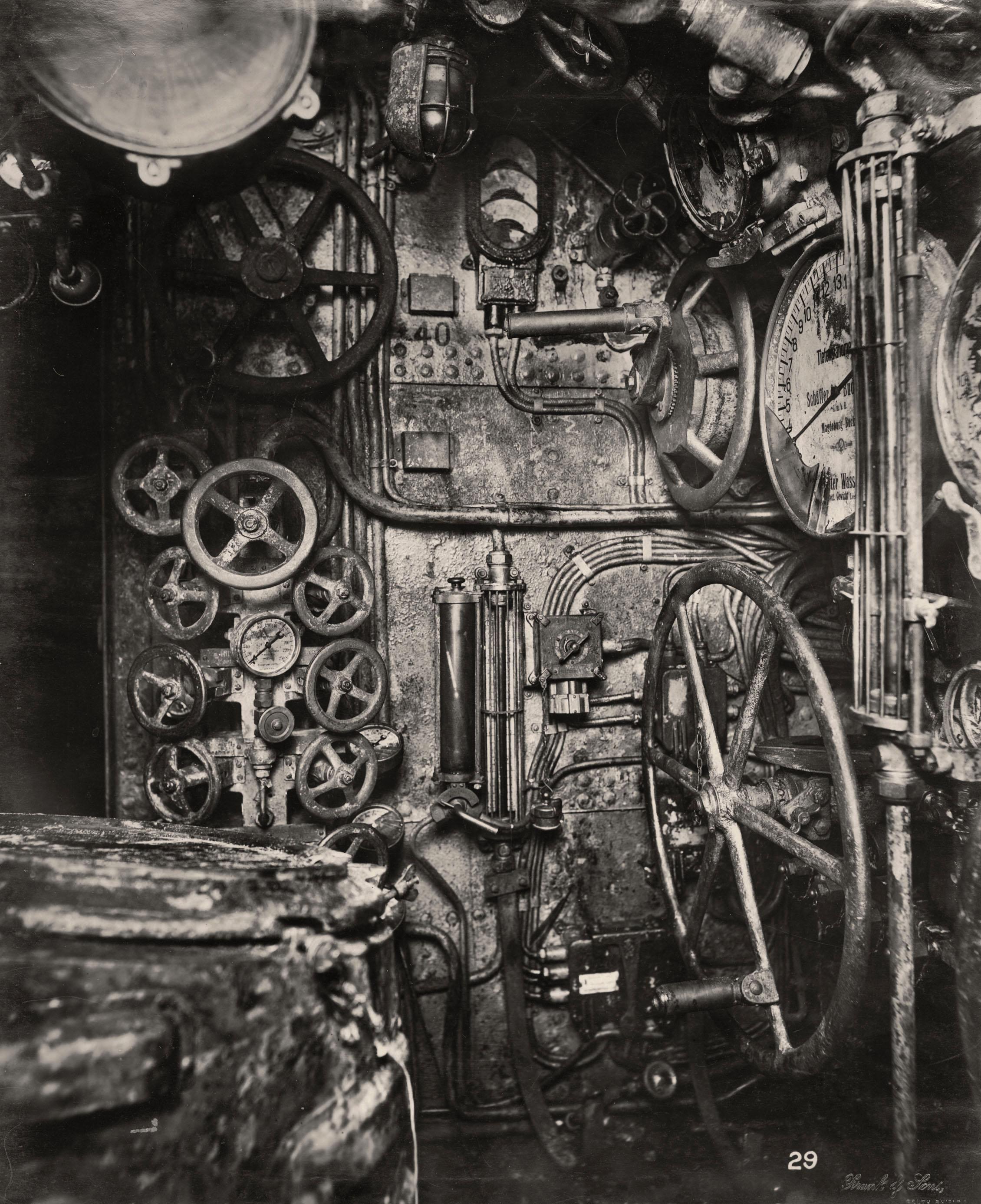 Uboat Interieur Controles Sousmarin 15