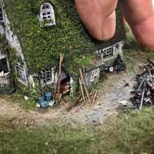 Des dioramas miniatures extrêmement détaillés