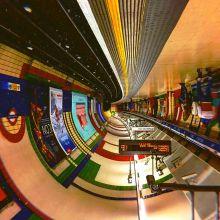 Des tunnels de métro façon couloirs de science fiction