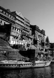 All'acqua densa del Ganga – Elisabetta Salvador