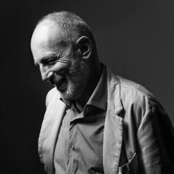 Giuliano Ladolfi (Italia) – ita/espa