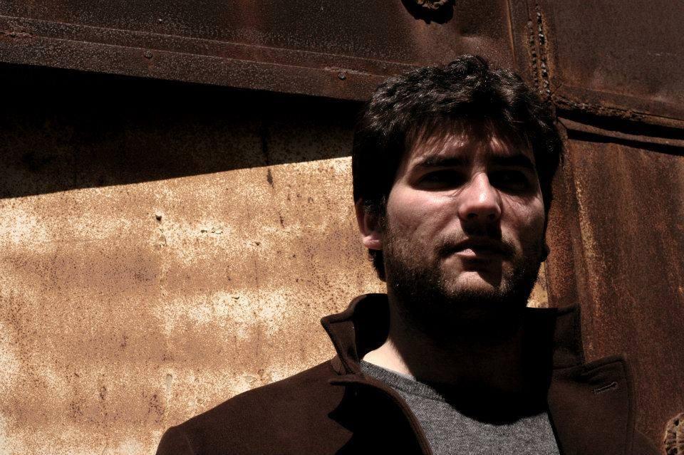 preannuncia una catastrofe in forma di sospiro - Luciano Mazziotta