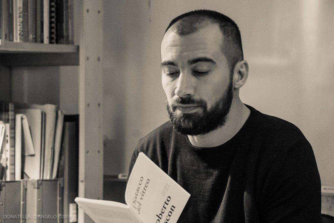 Una domanda al Poeta: Roberto Cescon