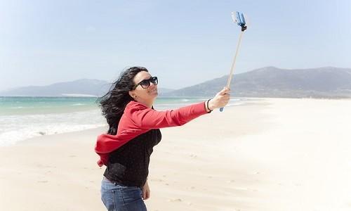 La mania di fare selfie