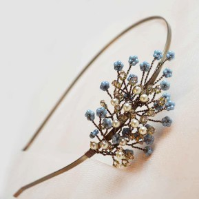 Cerchietto in bronzo con fiori blu