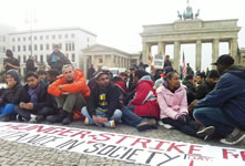 https://i0.wp.com/www.labournet.de/wp-content/uploads/2013/10/hungerstreik_berlin1013.jpg