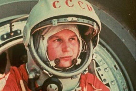 Día Espacio homenaje Gagarin