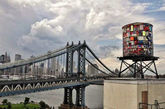 Arte sobre depósitos agua Nueva York
