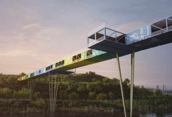 Puente construido contenedores reciclados