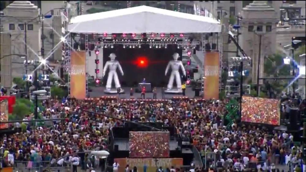 El video de Black Eyed Peas está inspirado en otro viral