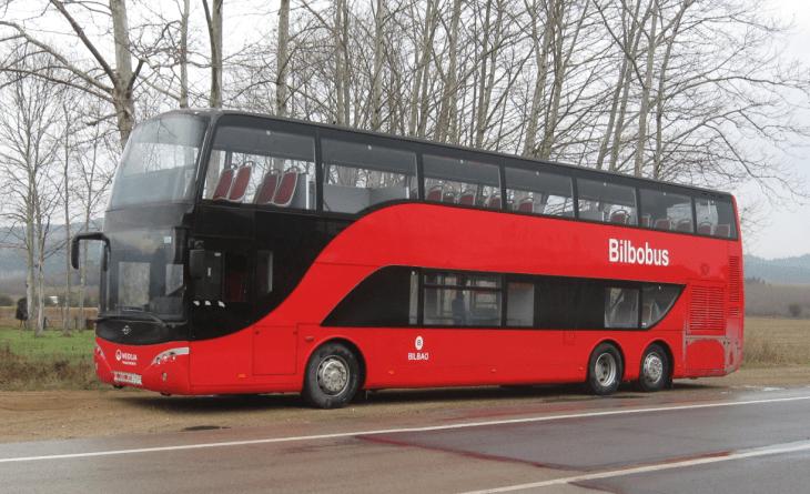 Bilbao estrena autobuses rojos de dos pisos