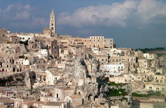Las pintorescas Sassi de Matera