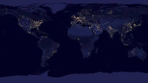 Imágenes de la Tierra sin iluminación solar