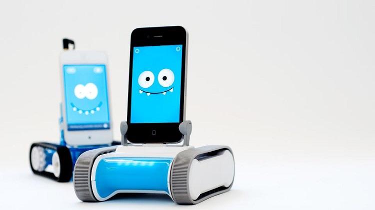Convierte tu iPhone en un robot con Romo
