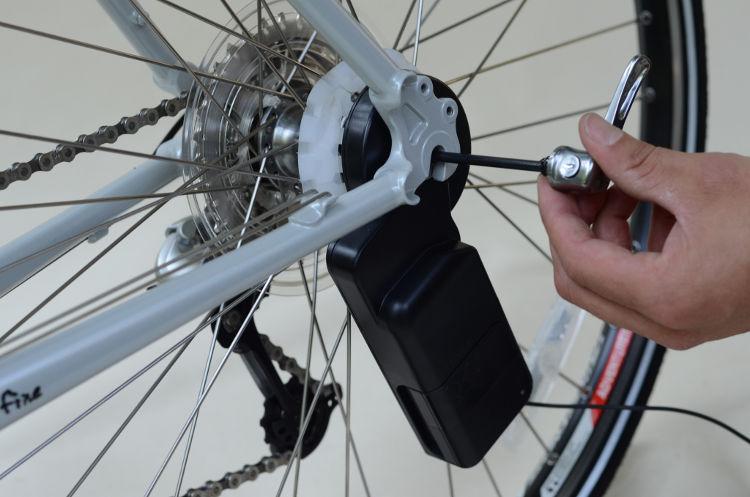 Siva Cycle Atom recargar movil montar bici 3