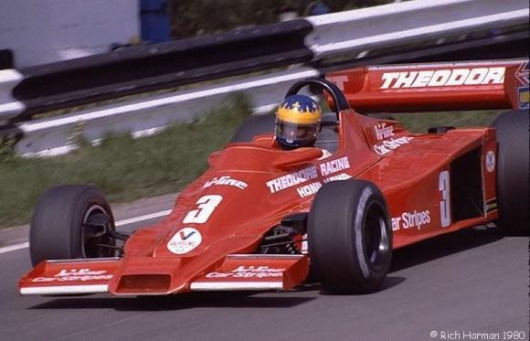 Desiré Wilson pilotando su  Wolf WR4 Cosworth