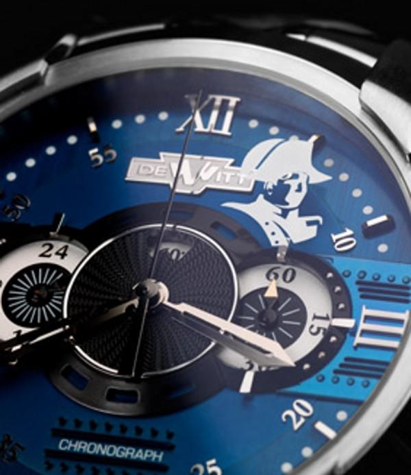 Fabrican relojes que contienen cabellos de Napoleón 1