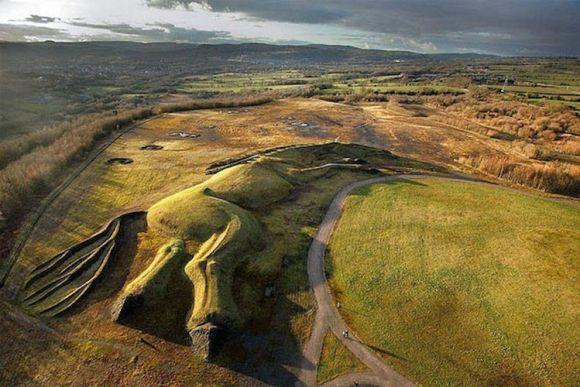 Homenaje escultorico ponis mineros Gales 3