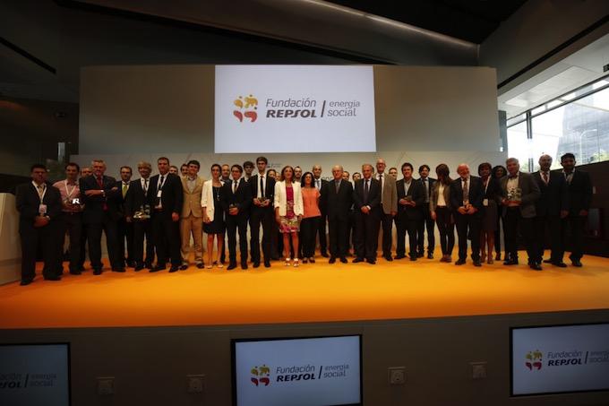 Pilas de papel y los proyectos ganadores del Fondo de Emprendedores de Fundación Repsol
