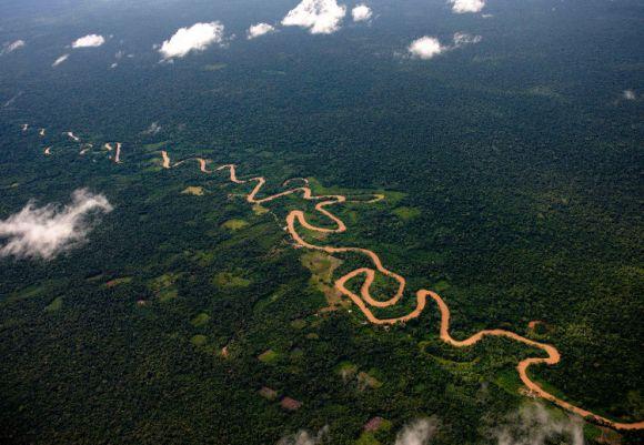Descubren rio aguas hirviendo Amazonia