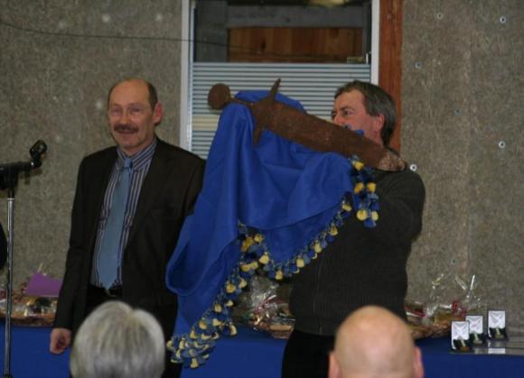 La espada tras ser removida en 2011