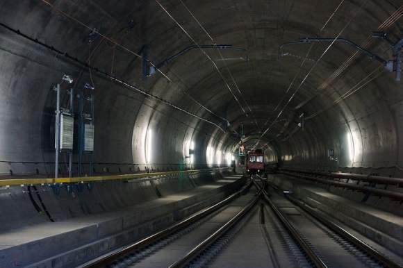 20141120_gotthard-basistunnel02-wikipedia-hannes-ortlieb_800x533